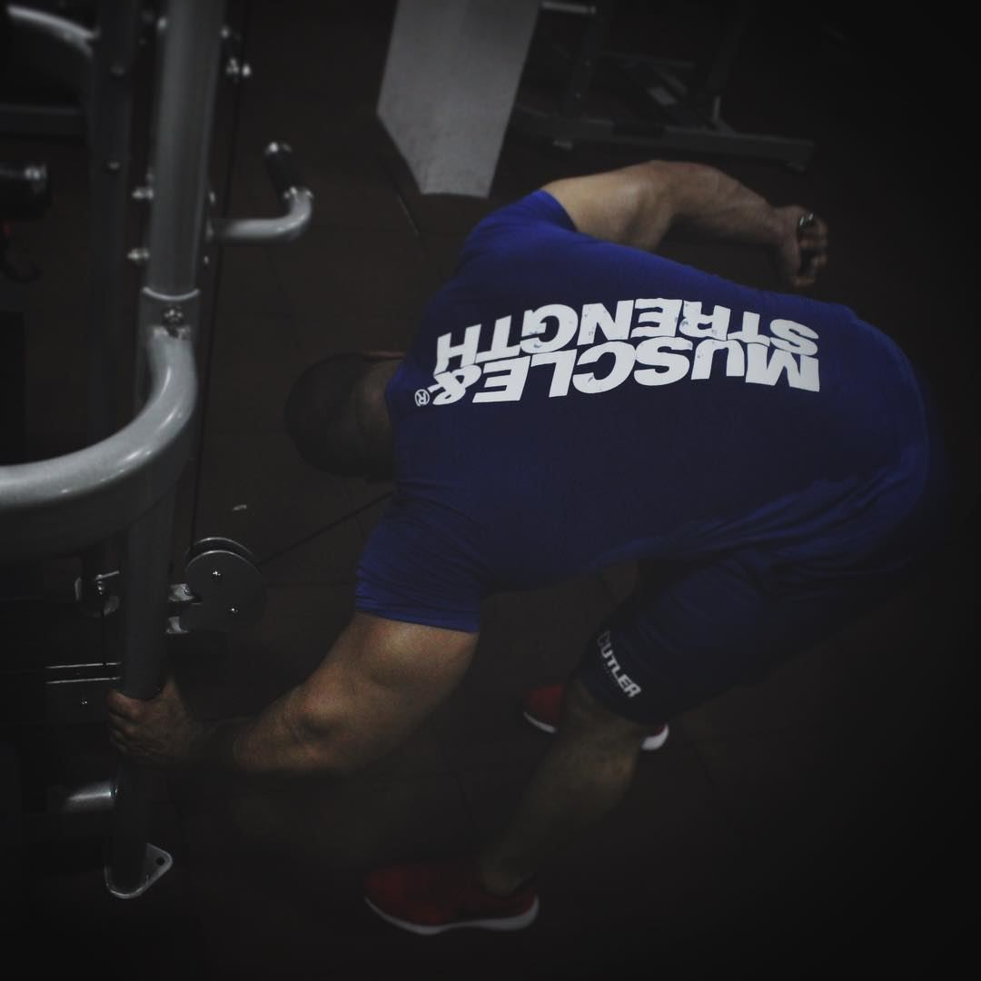 Squeeze!!! trainhard workout triceps blue beast muscle ...