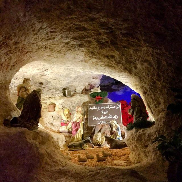 cave realistic christmastime december littlecave lebanontimes ... (مغدوشة-سيدة المنطرة)