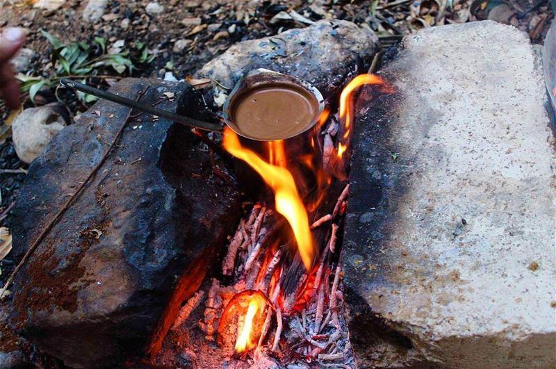 morningglory cofeetime fire lebanontimes lebaneseviews ... (جنوب لبنان - زبقين)