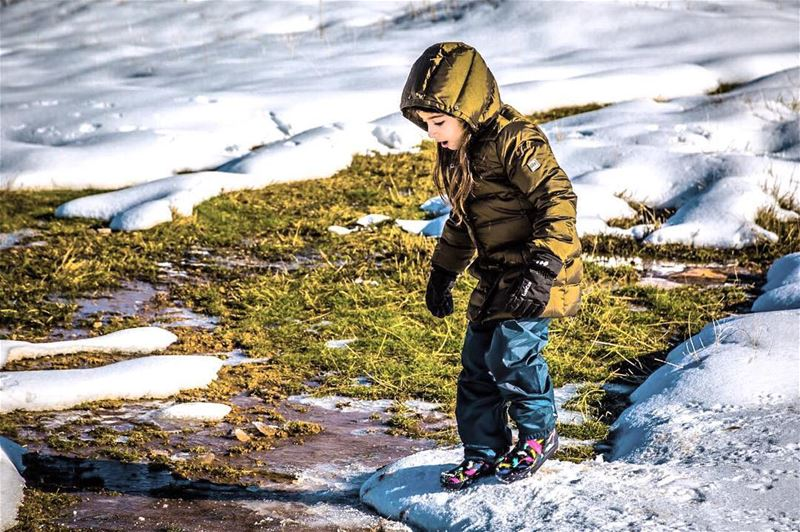 Breaking the ice. Picture by @highsamachkar..... outdoorkids ... (Zaarour)