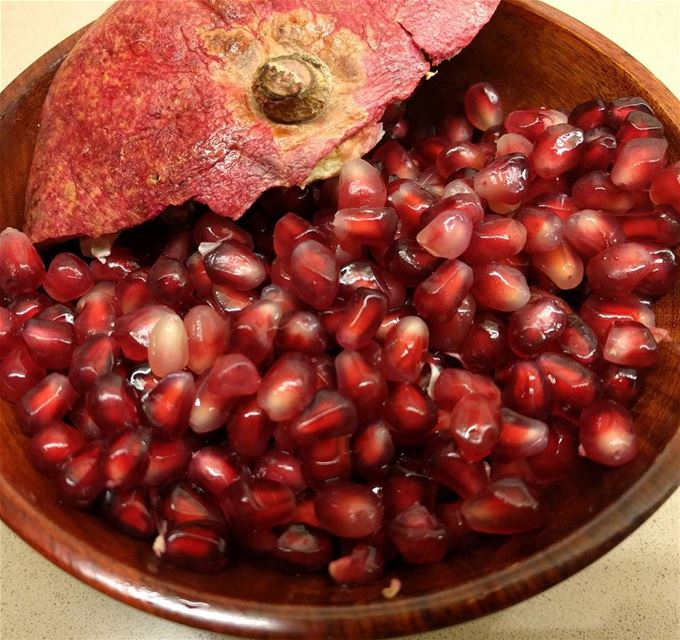pomegranate fruitslover fruit fruits freshfruits sweetlovers❤❤❤ ...