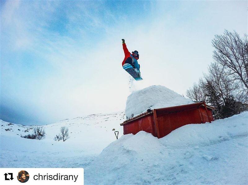 Getting us through this Monday like 🤤... Repost @chrisdirany with@repos (Mzaar Kfardebian Ski Resort)