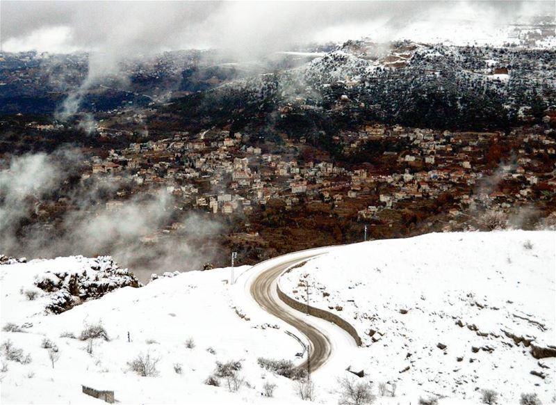 snow winter cold freezing view village mountains nature naturephotography... (Zaarour)