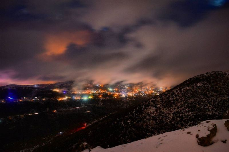 Cloudy baskenta winter snow stormy weather clouds cloudsporn colorfulsky... (Zaarour)