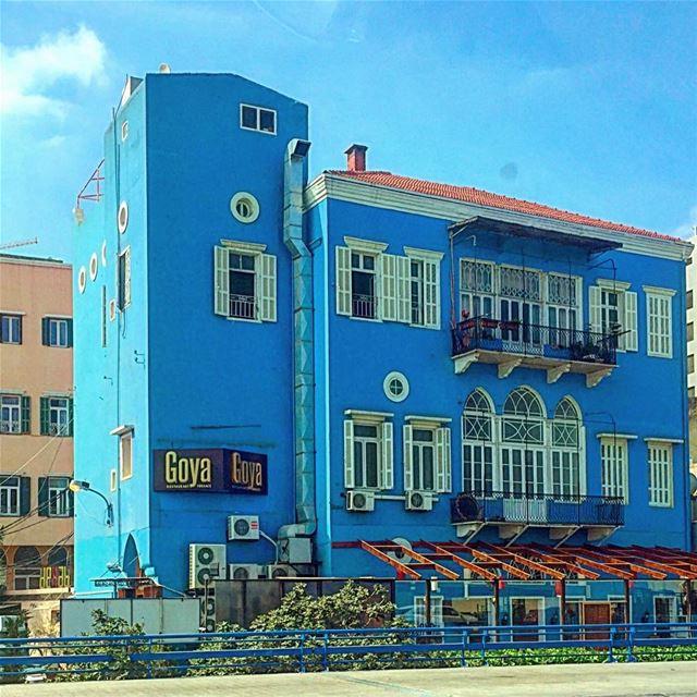 Camouflage blue 🔹 bluepaint building old paint windows arch ... (Beirut, Lebanon)