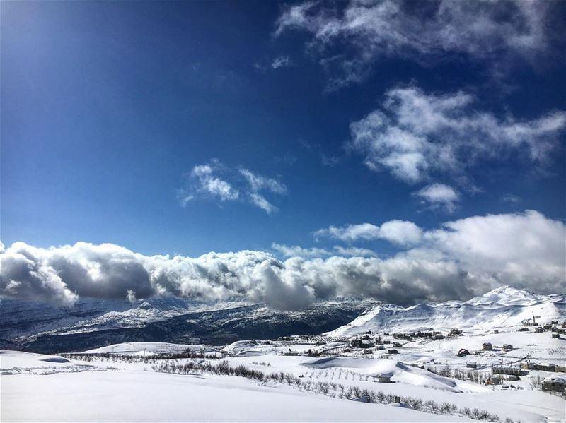snowshoeing ... 🇱🇧 hiking camping campinglife lebanon lebanon_hdr ... (Laklouk-tannourine)