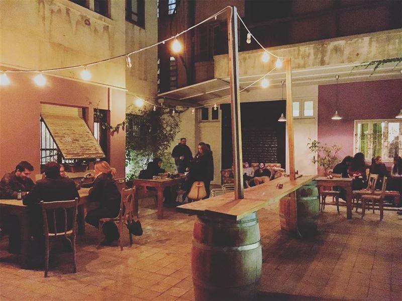 🖤 lebanon lebanon_hdr ashrafieh cold nights cozy places ... (Onomatopoeia The Music Hub)