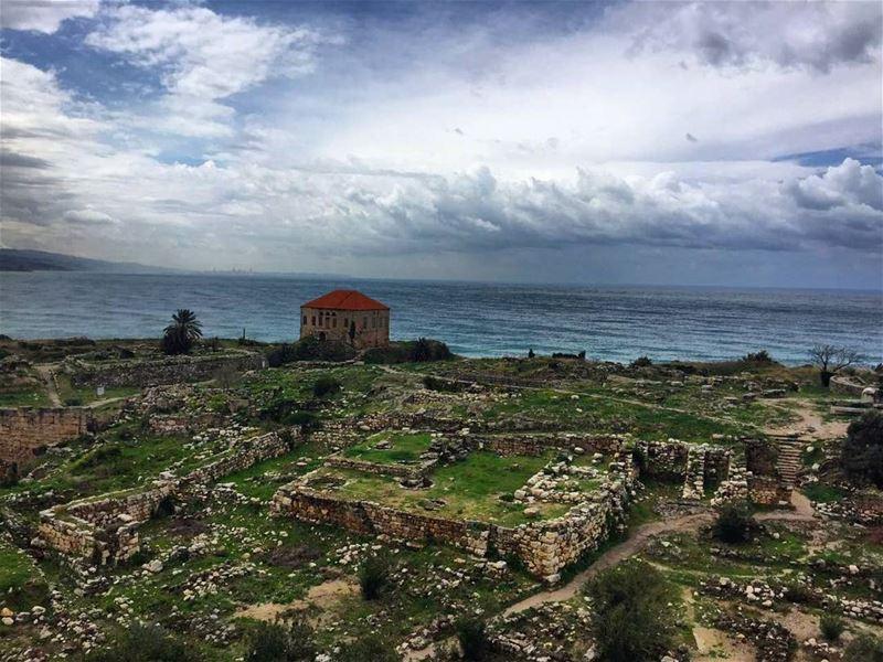 lebanon byblos roadtrips hiking hikinglife hikingadventures nature ... (Byblos, Lebanon)