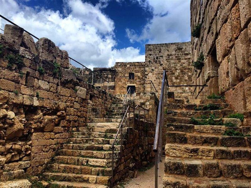 lebanon byblos roadtrip ancient ancientarchitecture pheonicians ...