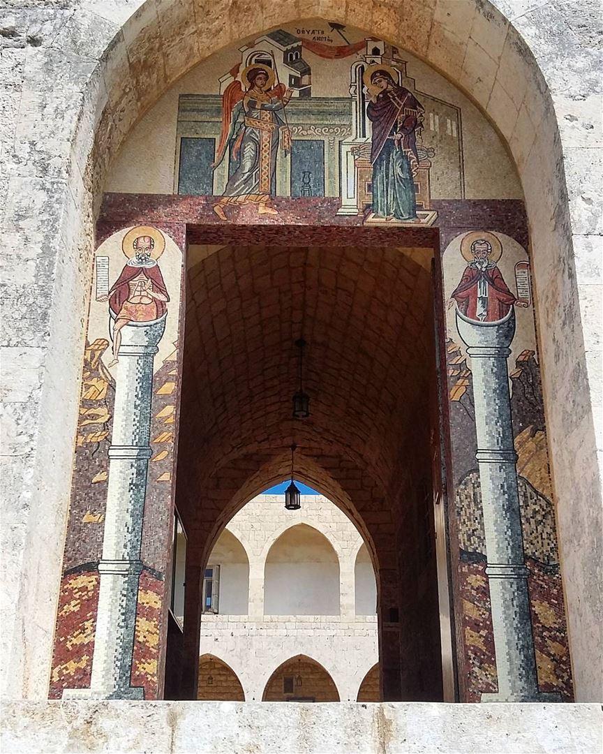 lebanon sayditelnouriyye north church old gate mosaic paint art ... (Saydet El Nourieh)