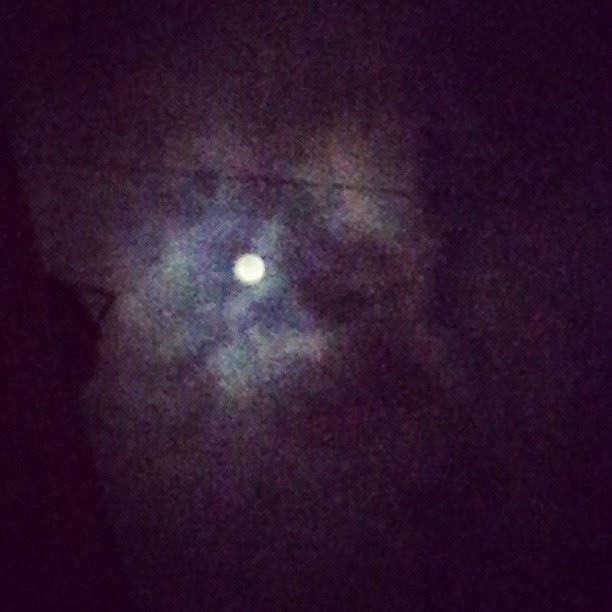 The moon shook & curled up like gentle fire porcupinetree stevenwilson...