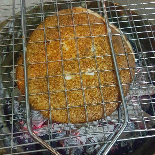 hunger ka3keh tripoli livelovetripoli cold winter ... (الميناء)