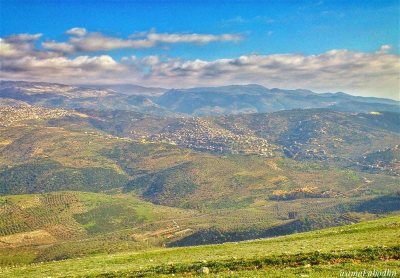 📷🌄☁ The best view comes after the hardest climb👌 (Hasbaya Home)