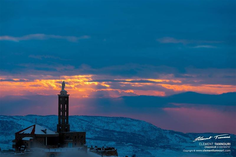 Don't forget: Beautiful sunsets need cloudy Skies...🌤❄️🇱🇧... (Majdel Tarchich)