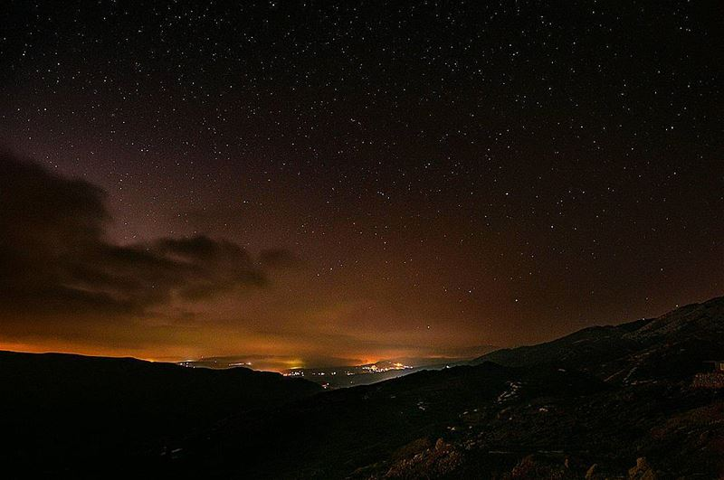 🌲🌌🌲 night nightwalk walking astrophotography lights stars clouds... (Barouk Cedar Forest)