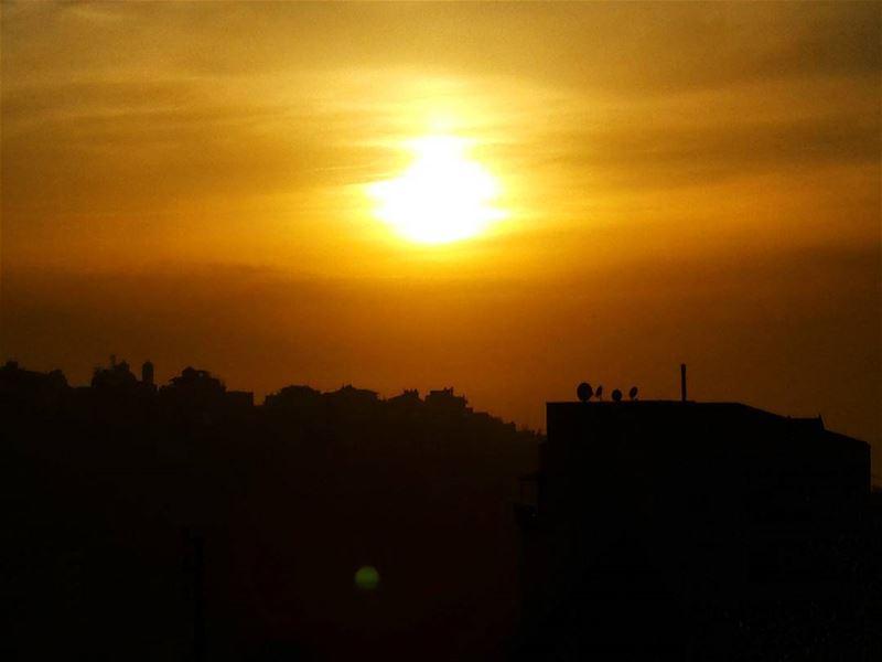 😍⛅🌄 lastlight bhamdoun high top mountains sunset sunsets sunset_madness... (Bhamdoon)