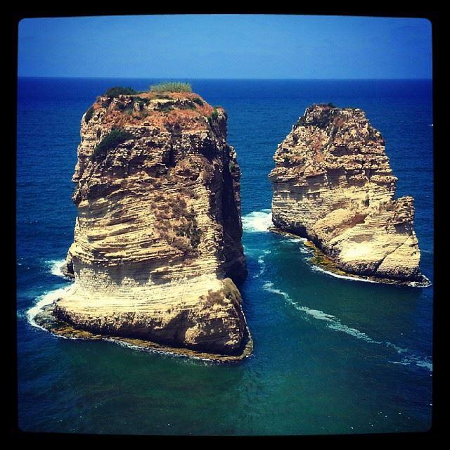 al rawshe bierut lebanon lebanon_hdr amazing place photobyme sea ... (Rawshi)