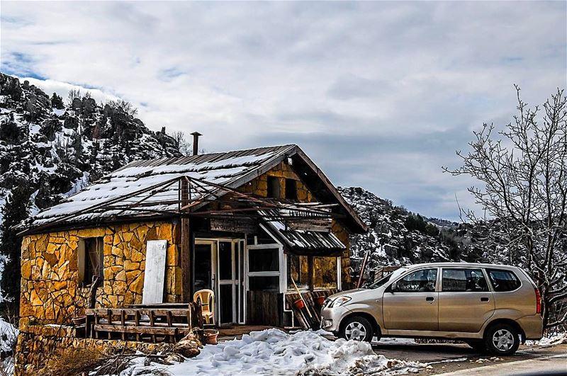 laklouk restaurant lebanon snow restaurant ... (Laklouk)