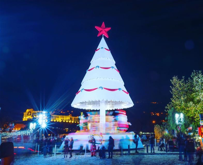 christmas maronite insta_lebanon wearelebanon whatsapplebanon night ... (Zgharta-lac De Bnash'i)