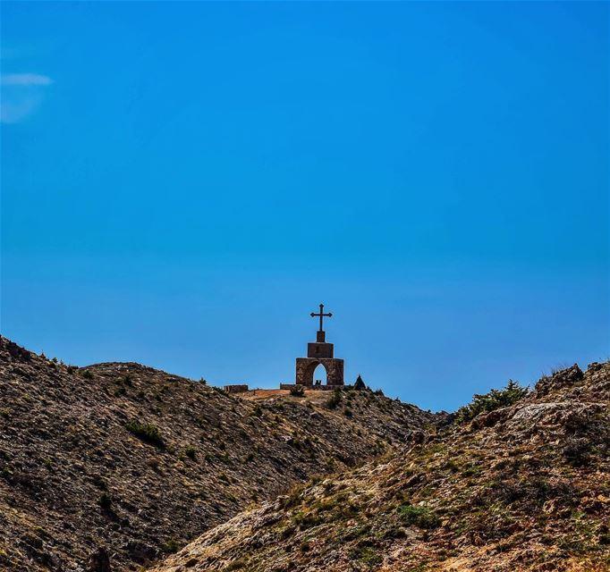 saintjohn cross bsharri bcharre ... (Bsharri, Lebanon)