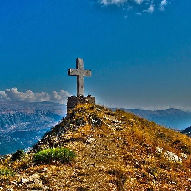 cross kartaba qartaba lebanon church laklouk jbeil beirut lasa ...