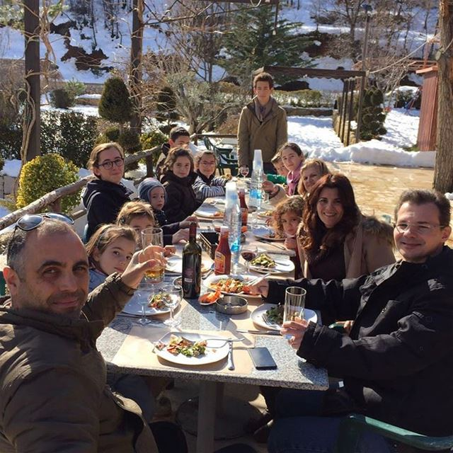Ahla jalse bel jalsat! cheers! restaurant mayrouba faraya ksara ...