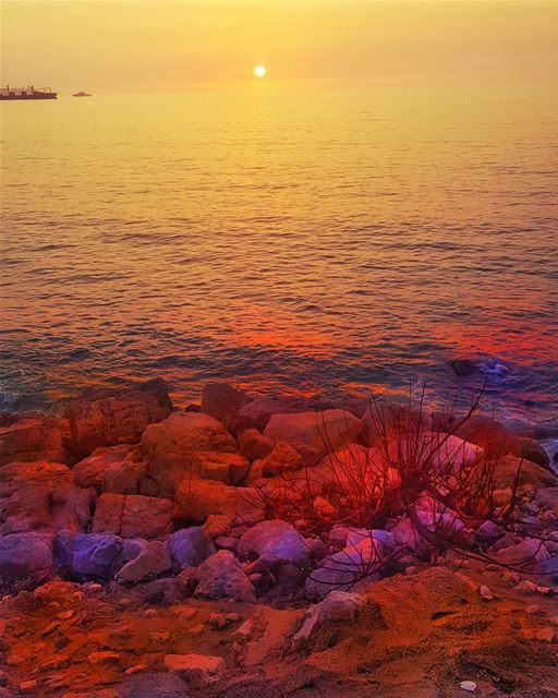 sunset sun sky skylovers sea lebanon beirut livelovebeirut ... (Dbayeh, Mont-Liban, Lebanon)