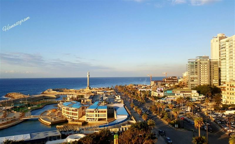 وكيف لا أحن اليك وانا لا أعرف وطناً غيرك ...... بيروت_مدينتي ......♥ بيرو