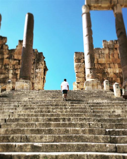 Stairway to heaven at baalbeck cityofthesun lebanon livelovelebanon ... (Baalbek, Lebanon)