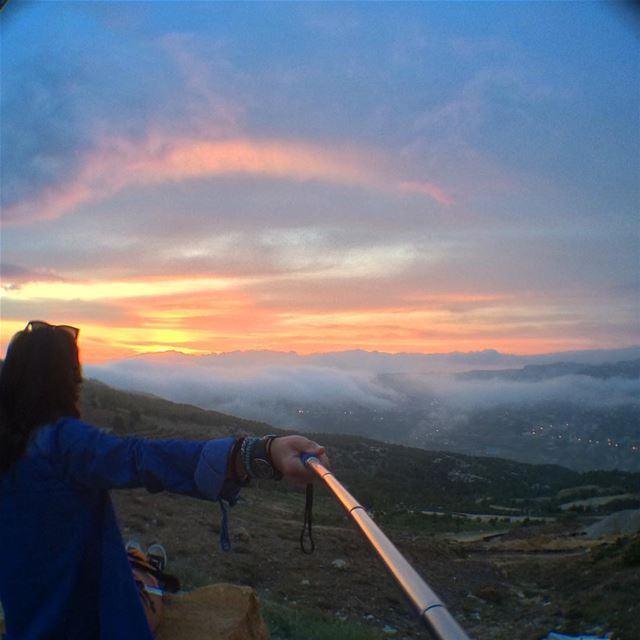It would be a shame not to savethemoment! sunset faraya ...