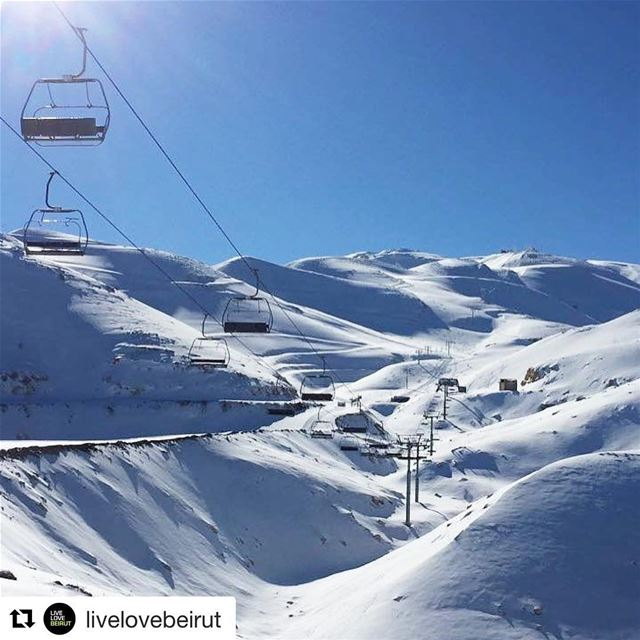 Repost from @livelovebeirut. Rise and shine, it's snowboarding time! The... (Mzaar Ski Resort)