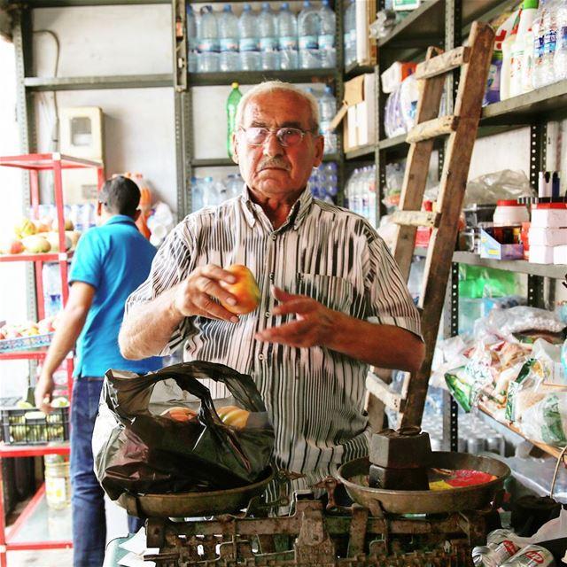 JeddiWSetti communitywellness csr csrlebanon beirut beiruting ... (Deïr El Qamar, Mont-Liban, Lebanon)