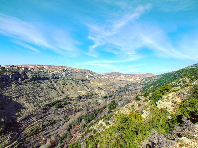 hiking explorelebanon livelovelife livelovelebanon livelovelaugh ... (Batloun, Mont-Liban, Lebanon)