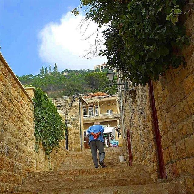 hiking explorelebanon livelovelife livelovelebanon livelovelaugh ... (Deir El Kamar)