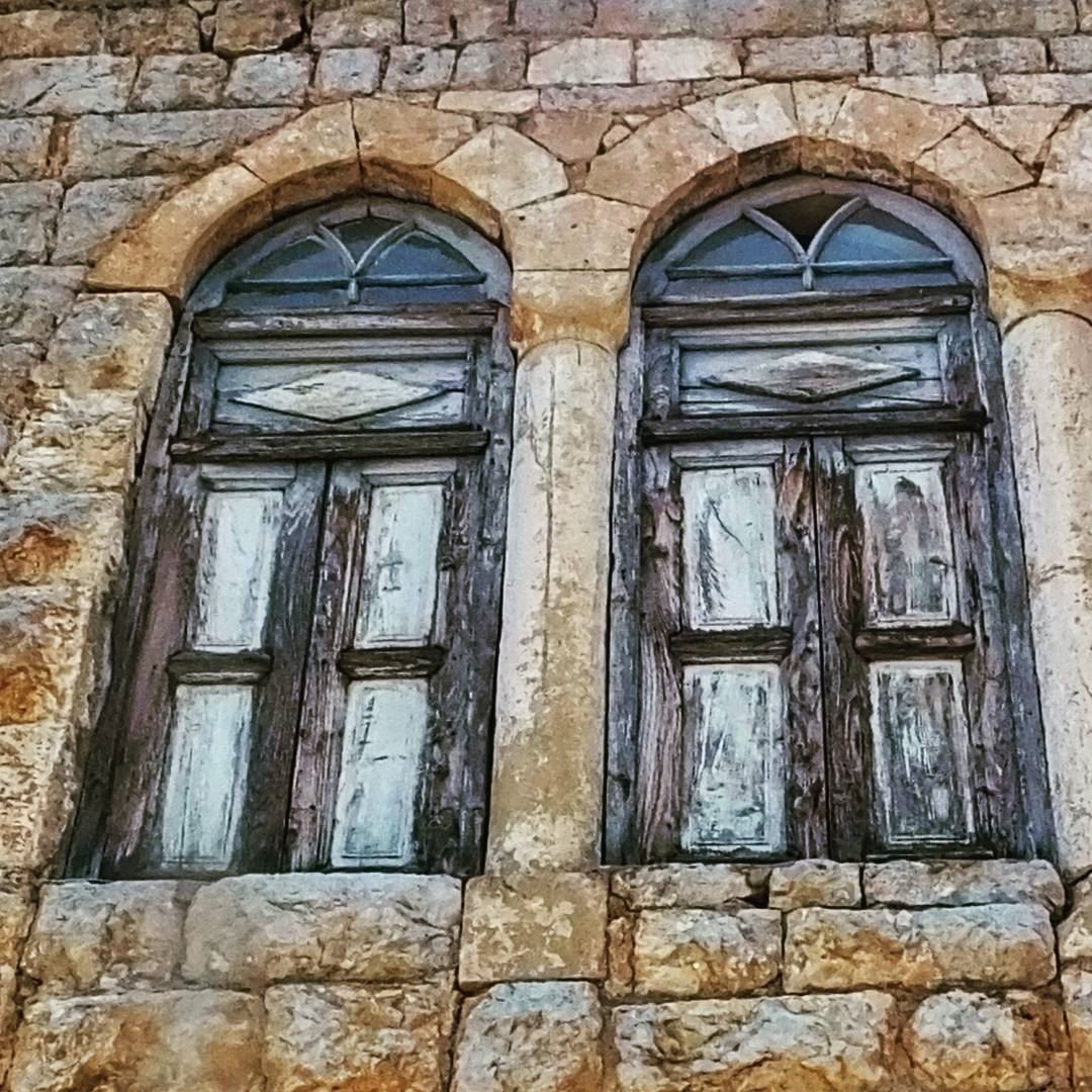 one of the old houses found during our hike from tannourine to ...