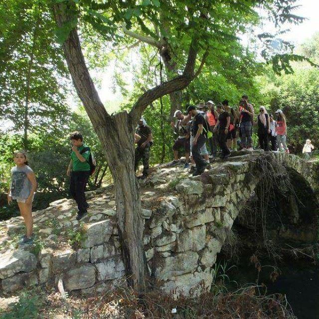 promaxsports hiking traditional life lifestyle nature walking ...