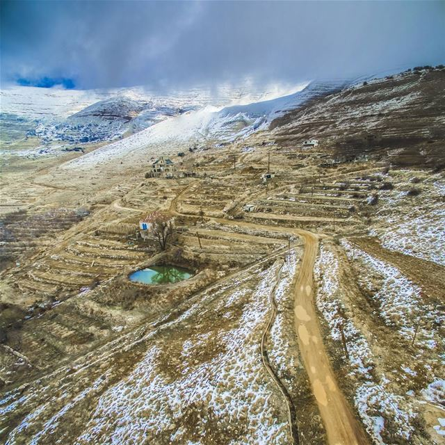 Winter is just beginning ... Lebanon sannine ig_lebanon super_lebanon ... (Sannin, Mont-Liban, Lebanon)