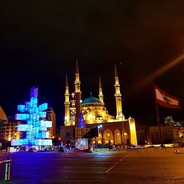 My one of a kind view at night❤❤🎄🎄 photography view mosque ... (Downtown, Beirut, Lebanon)