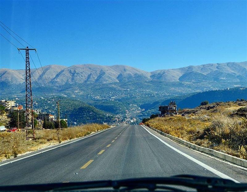 Keep going.❤❤ adventure roadtrip traveling journey picoftheday ... (Chouf)