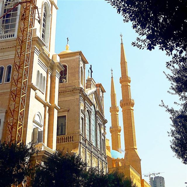 Downtown beirut mosque church unity christianity muslim religion ...
