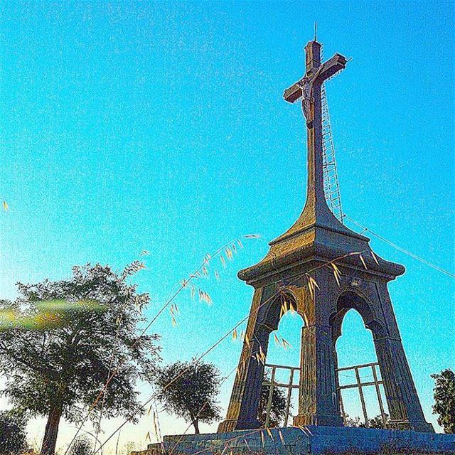 The big cross mountlebanon statue hilltop goodvibes photography ... (Deïr El Qamar, Mont-Liban, Lebanon)