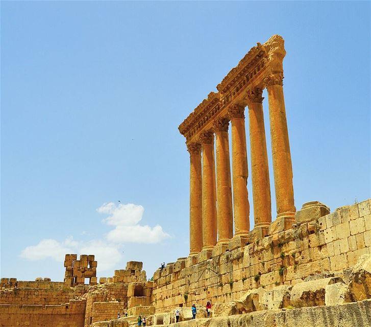Lebanon's greatest roman treasure ruins historicplace touristspot ...