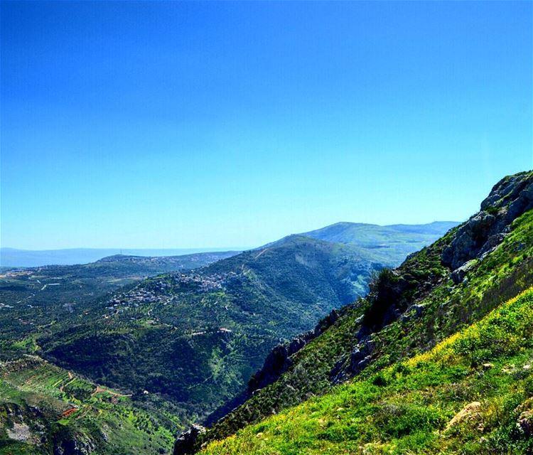 Exploring lebanon tbt mothernature naturelover mountaintomountain ...