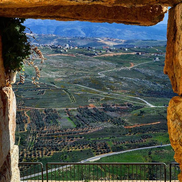 Frm the cliff-top crusader castle south lebanon  fortress ...