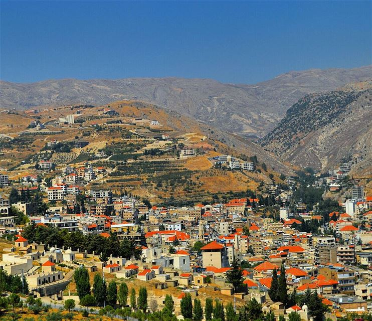 The red-roofed city of zahle  houses  village  zahle  bekaa  redroof ...