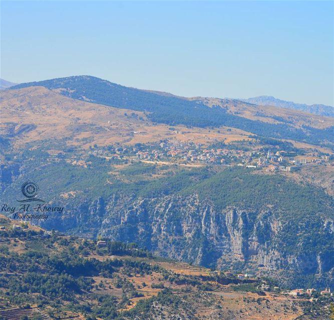 Good morning Lebanon 🇱🇧 livelovemountains livelovehadath ...