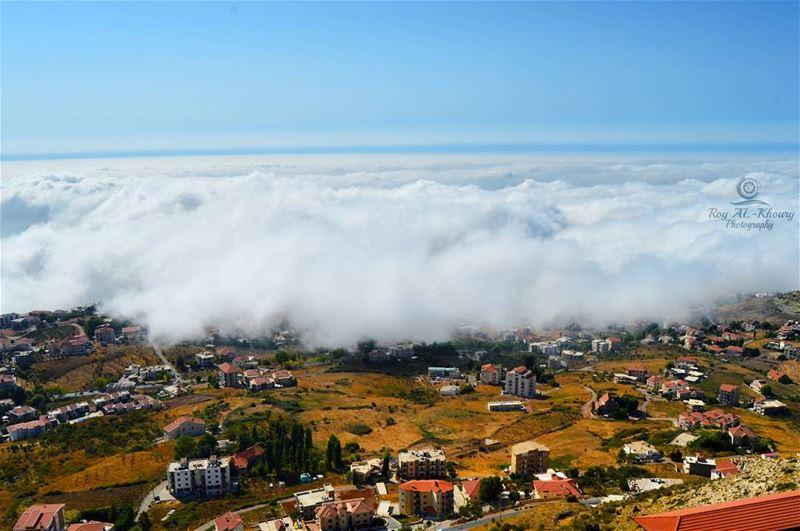 ehden liveloveehden livelovelebanon RoyALKhouryPhotography clouds ... (Ehden, Lebanon)