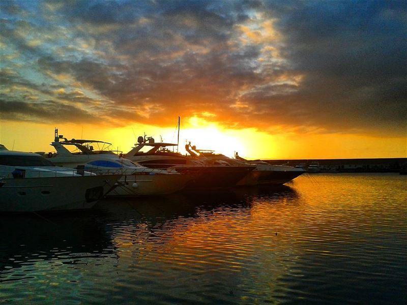 lebanon beirut sea yakht zeitounabay RoyALKhouryPhotography sunset ... (Zaytona Bay)