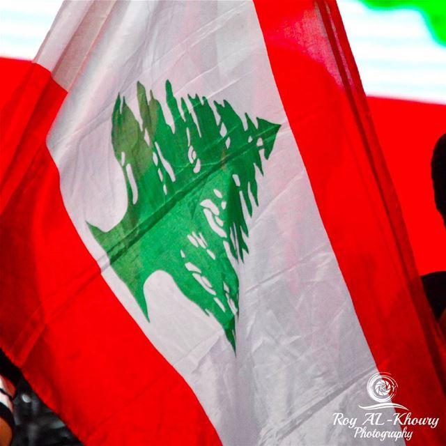 الله الحامينا و حامي الوطن! 🇱🇧🇱🇧🇱🇧God bless Lebanon! lebanon ... (Beirut, Lebanon)