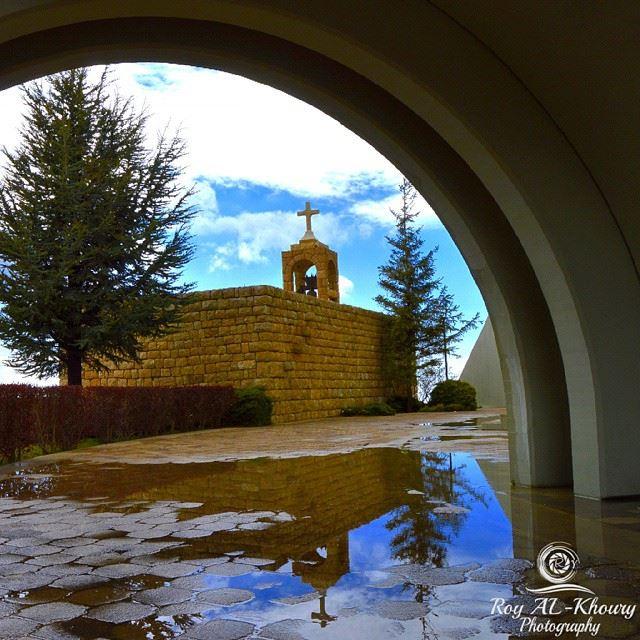 ehden this afternoon church jesus... (Saydet El Hosn - Ehden)
